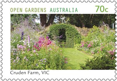 Australia Post gives the green thumbs up!